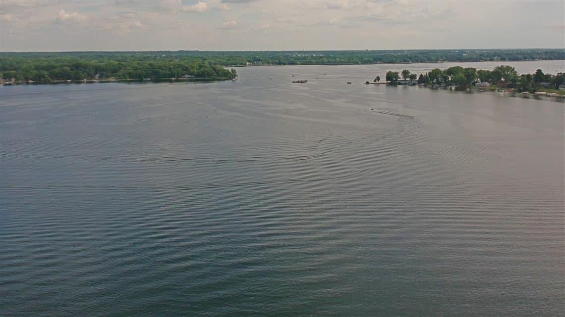 Love Boat Lake Darling